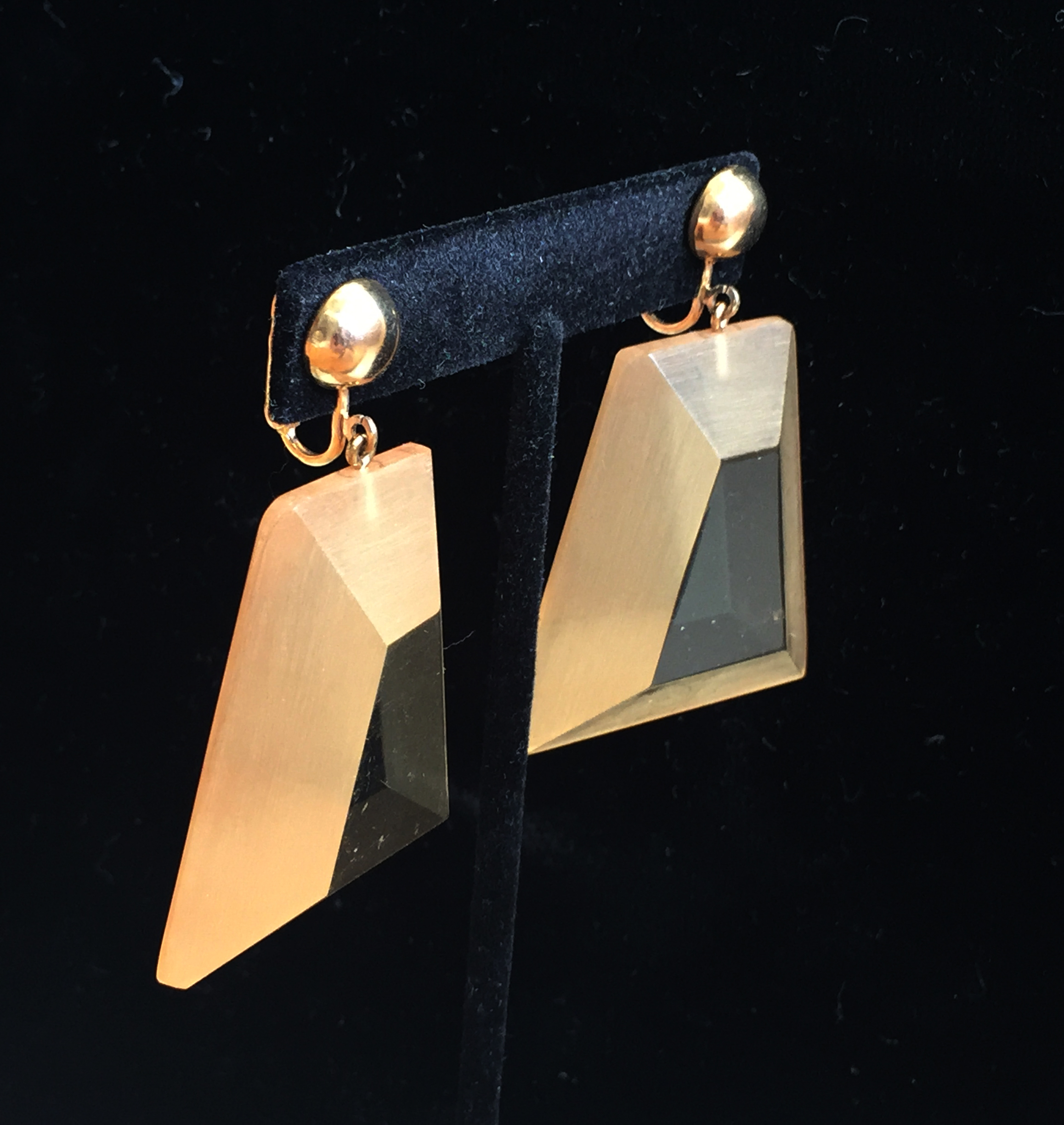 Early Rare Judith Hendler Trapezoidal Hand-Dyed Pendant Earrings Side View