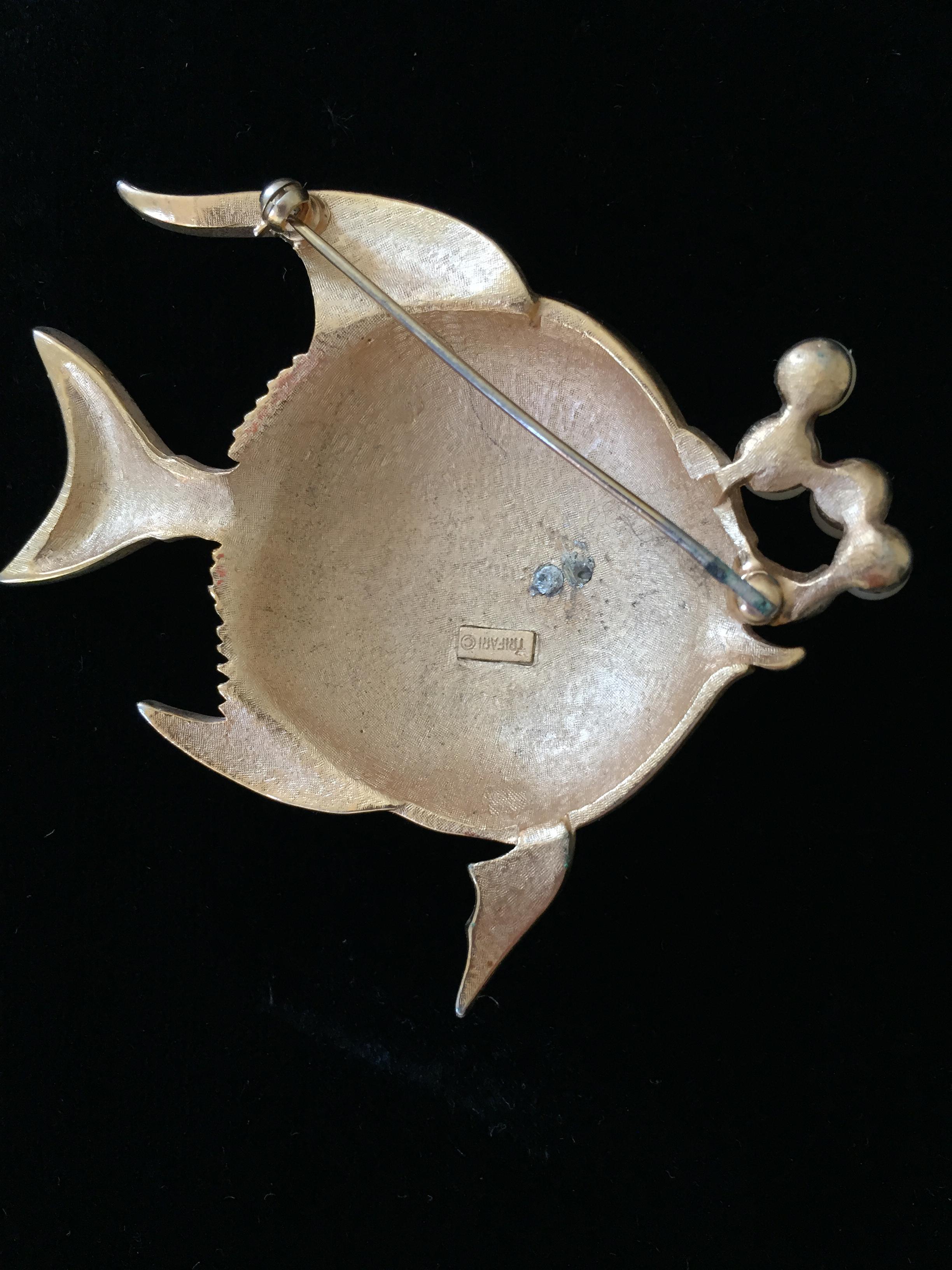 Back of Trifari Enamel Angelfish Pin with Faux Pearls Marked Trifari ©