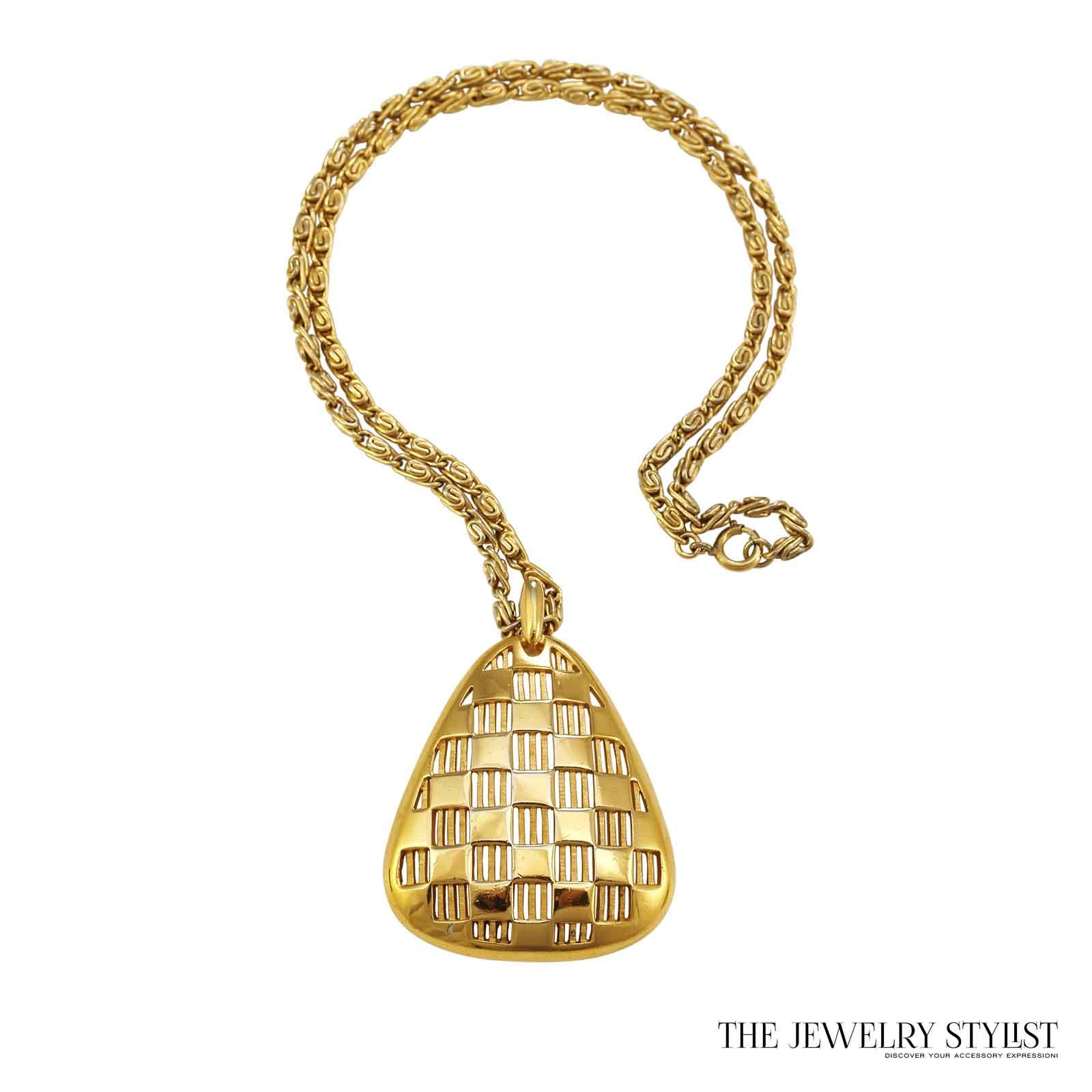 Fabulous Vintage 1970s Trifari Pendant Necklace Full Image