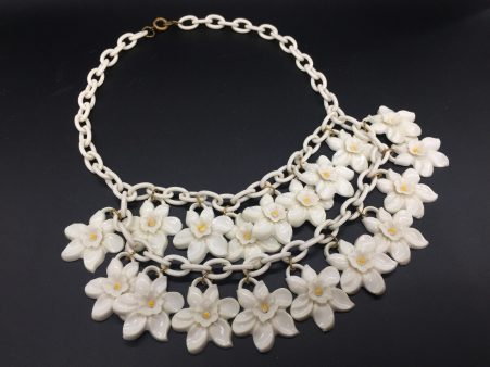 Fabulous c. late 1930s-early 1940s Molded Celluloid Bib Necklace